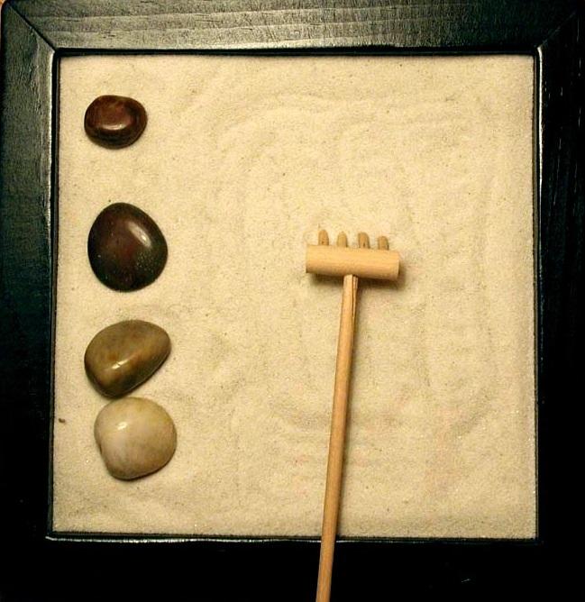 miniatur zen garten bedeutung faq kaufempfehlungen. Black Bedroom Furniture Sets. Home Design Ideas